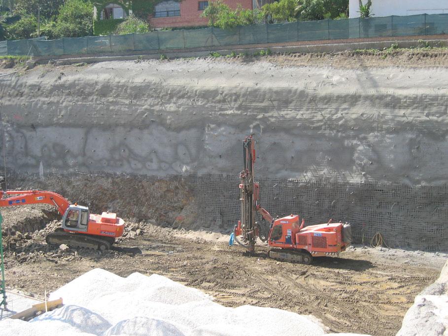 SOIL-NAILING EN EXCAVACIÓN DE MÁS DE 5.000M2
